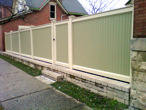 Columbus Ohio Retaining Wall & Privacy Fence