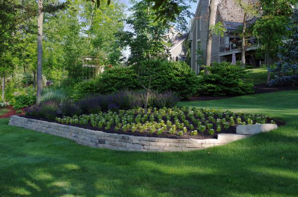 Ottawa buff natural limestone retaining wall.